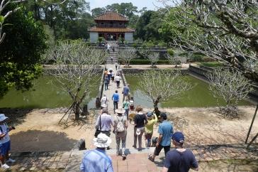 Pavillon-Grabmal von König Ming-Mang, Nähe Hue